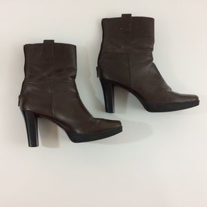 """Skechers Brown Ankle Heel Boots 3"""" Faux Leather"""